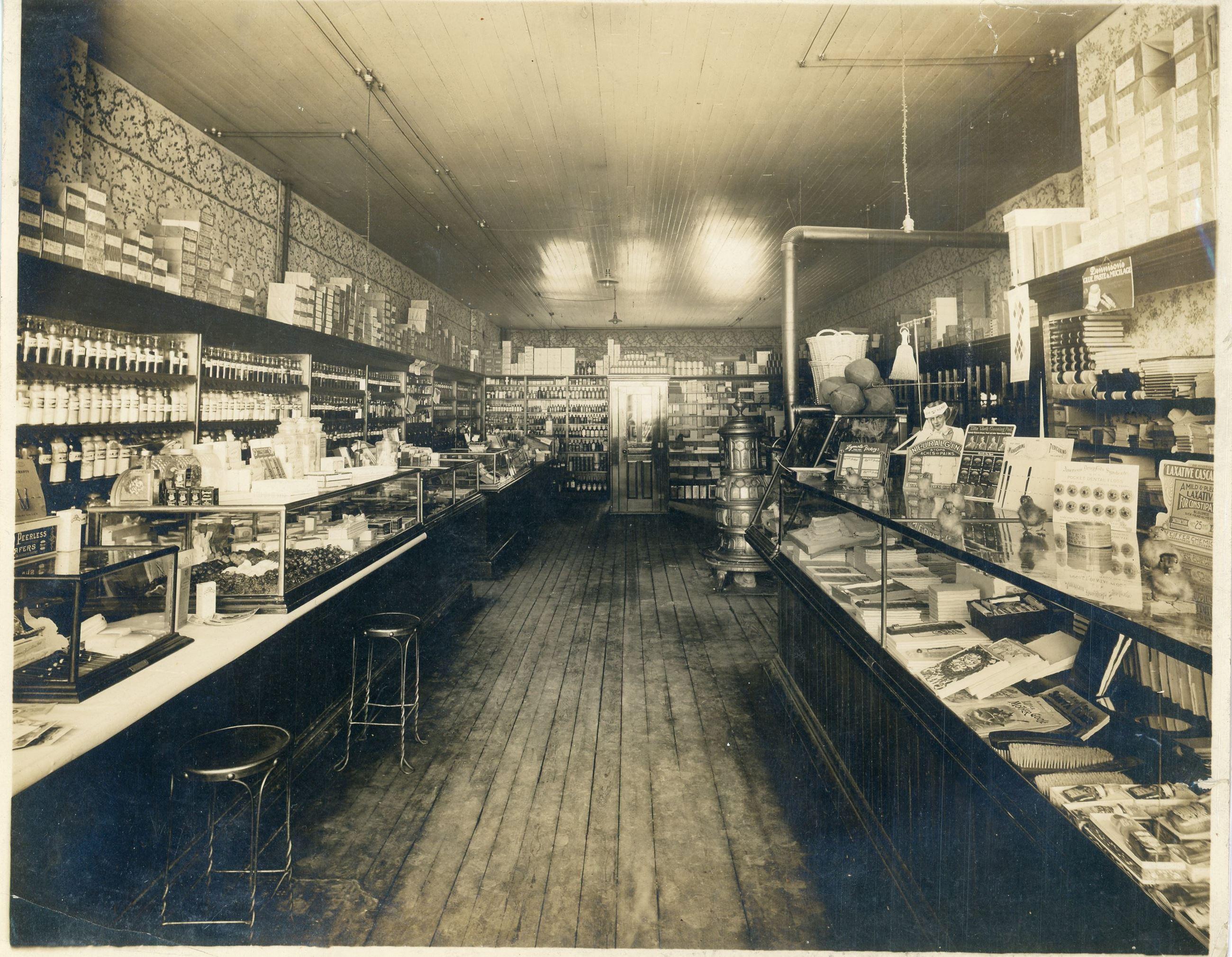 New york livingston county leicester - Interior Of Store Avon